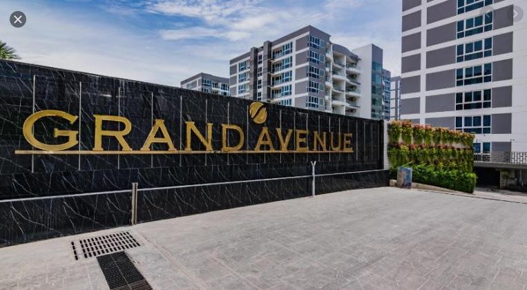 Grand Avenue3